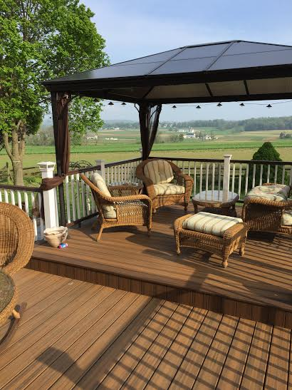 trex transcend havana gold decking and fiberon railing2