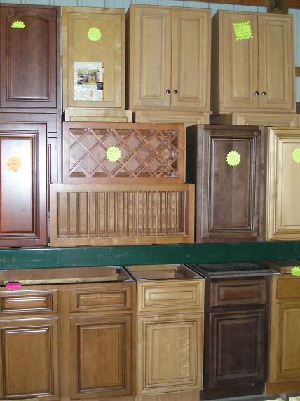 Overstock scratch and dent kitchen cabinets bathroom for Cheap kitchen cabinets in pa