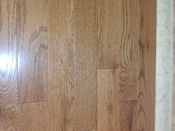 Gun stock oak hardwood flooring in stock discount sale pre for Cheap hardwood flooring for sale