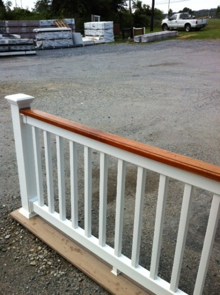Custom fairway railing cedar top white vinyl overstock in for Cheap composite decking