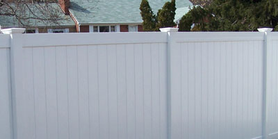 privacy fence longevity white vinyl