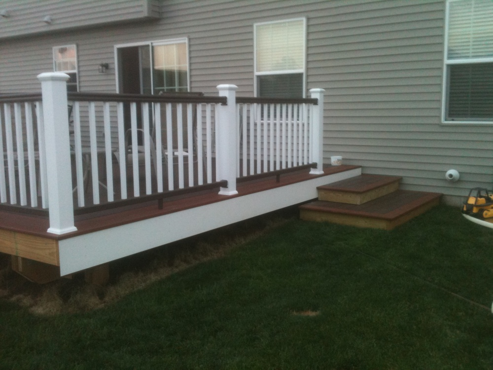 PVC decking canyon brown fireside TimberTech RadianceRail Deck Railing
